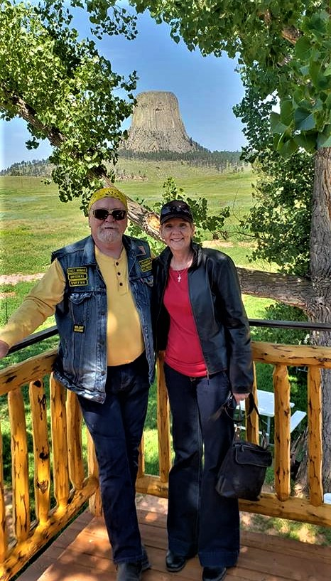 NR 2018  Boss & 1st Lady at Devils Tower